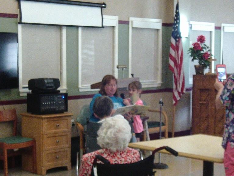 Holly & Brandy reading story